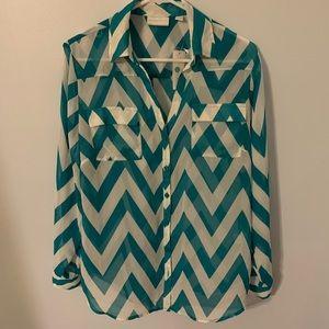 New York and Company large chevron print shirt